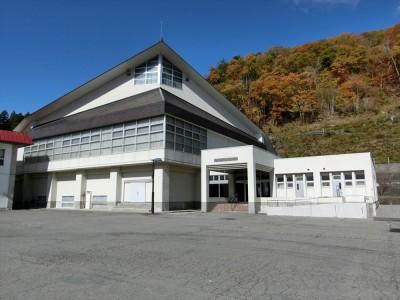 Gymnasium01